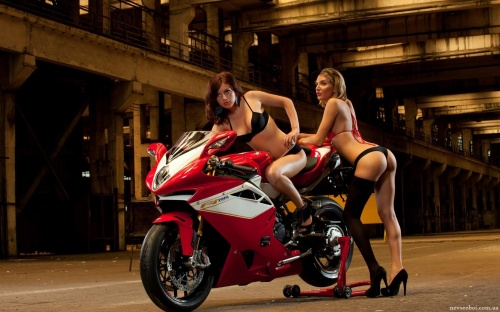 Motorcycles (241 wallpapers)